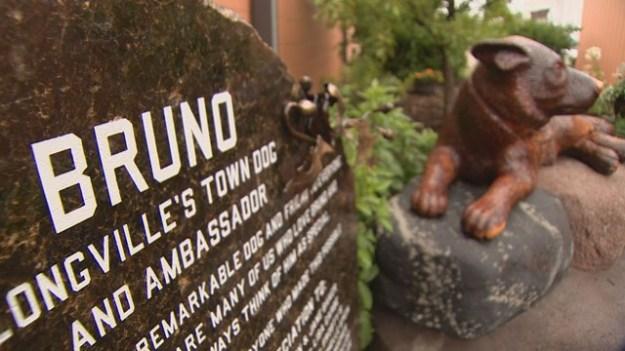 Bruno statue_1471810980830_5671445_ver1.0